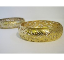 Gold forged bracelet Flora